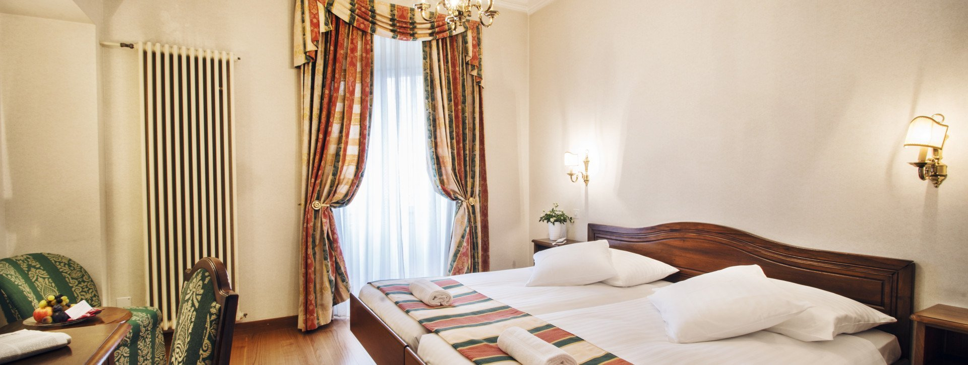 Double Classic room in the International au Lac Historic Lakeside Hotel