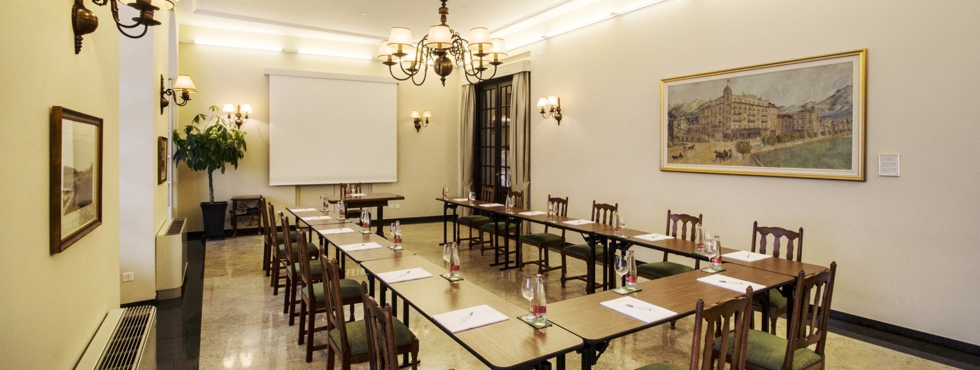 "Long table in the ""Granito"" conference room"