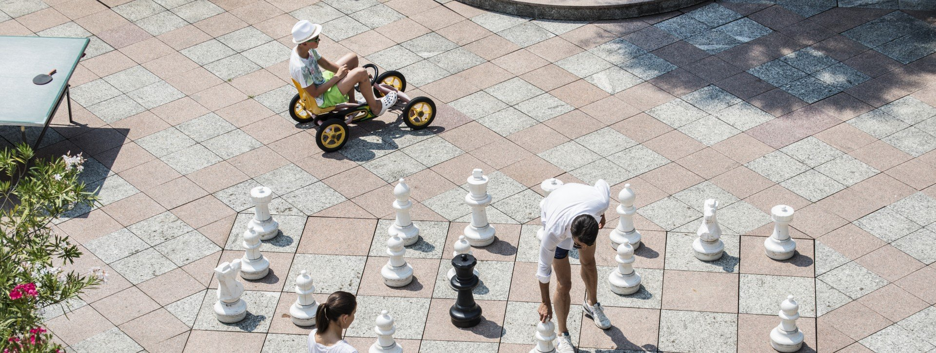 Street chess at International au Lac Historic Lakeside Hotel